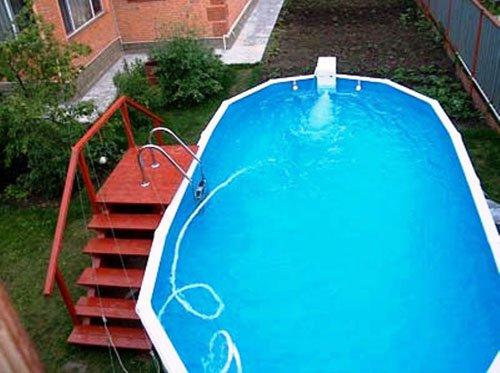Каждой даче по бассейну!